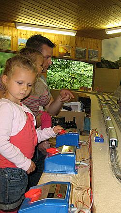 Kinder-Spiel-Anlage H0 / Besuchstage 2014